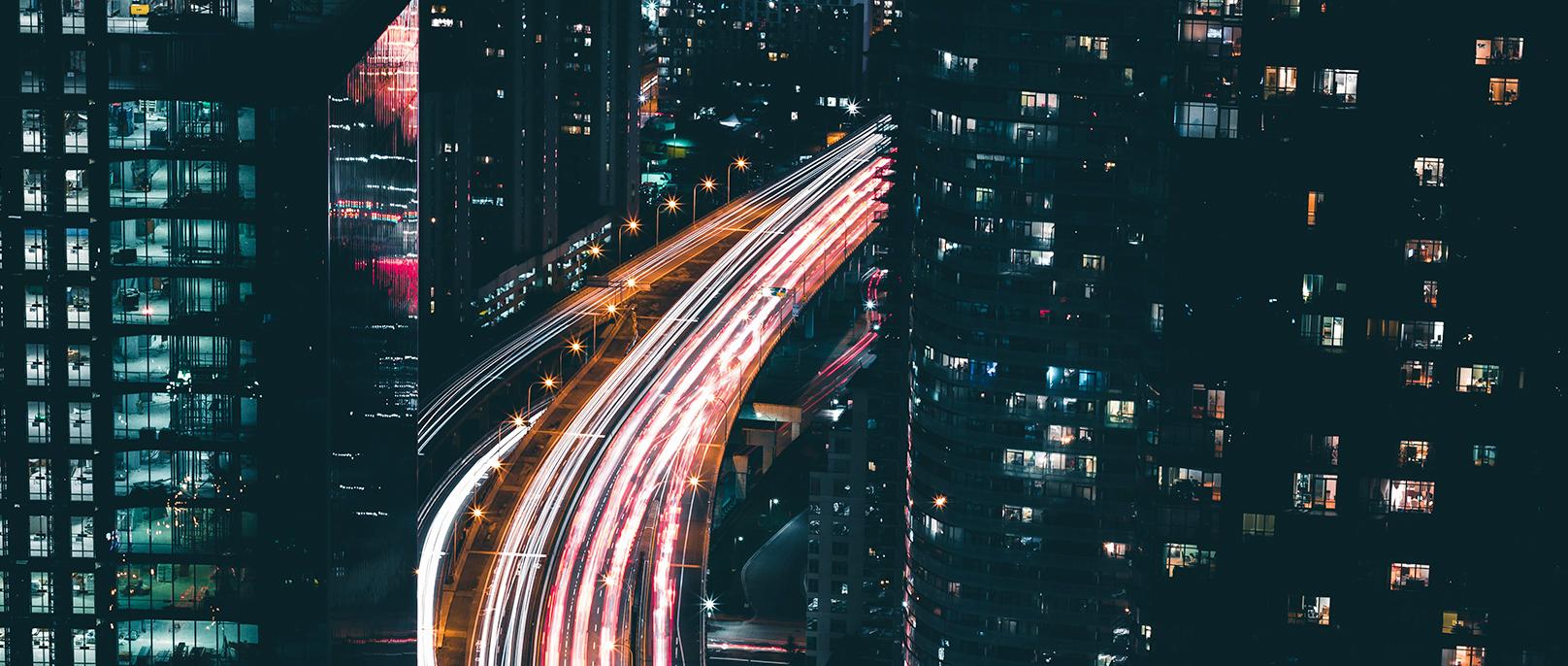 lumières désignant le flux de données